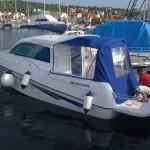 bluestar-holiday-cabin-shaft-boat