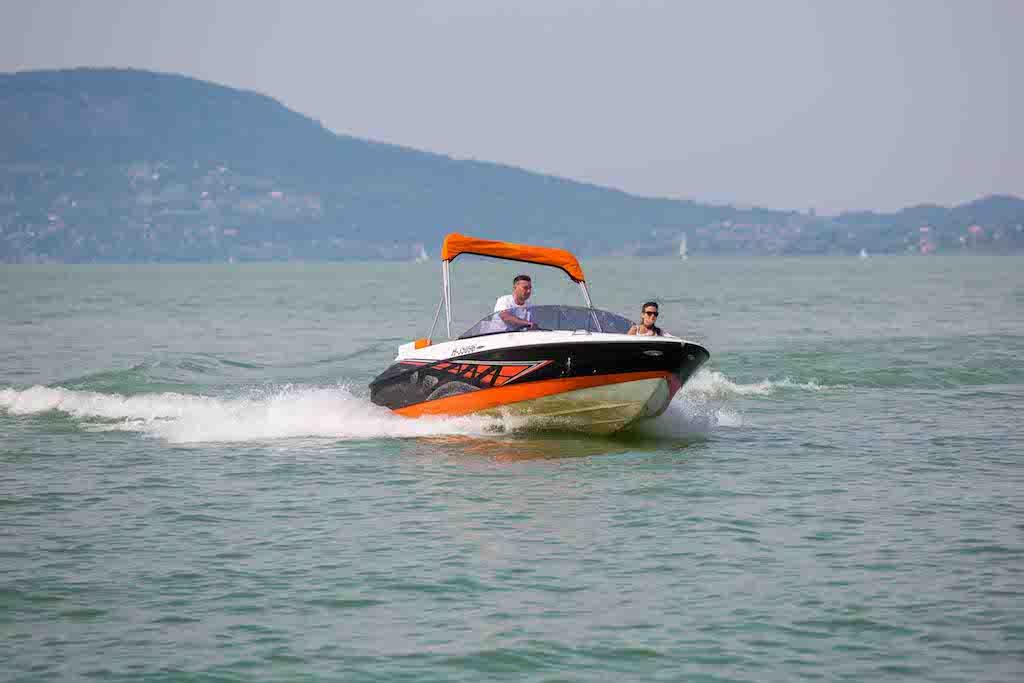 bluestarboat-sunreider-electric03sd