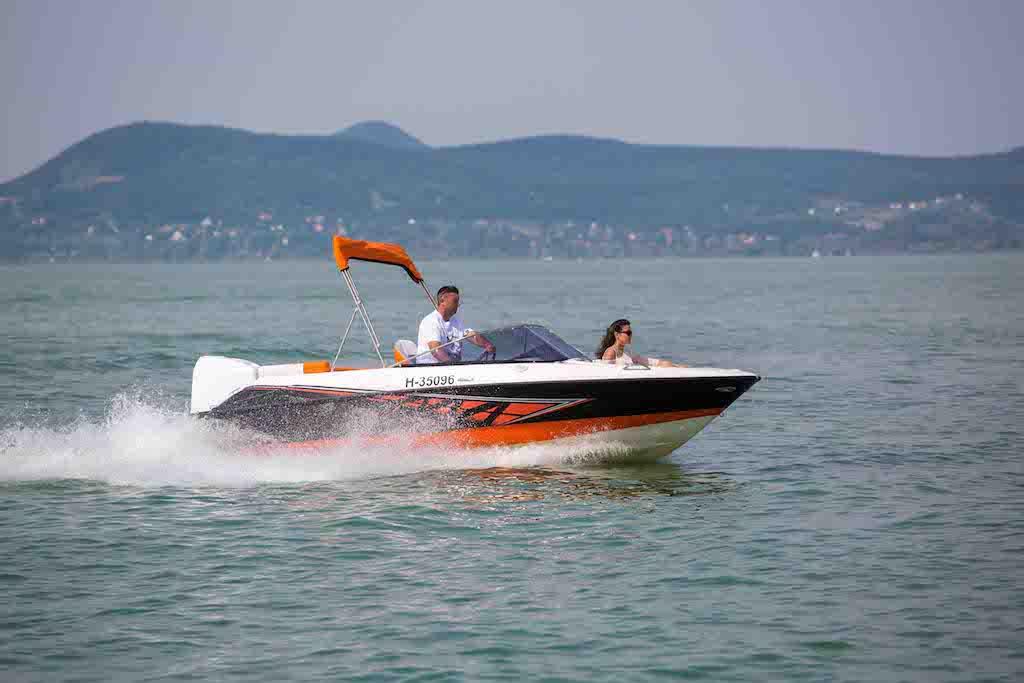 bluestarboat-sunreider-electric04sd